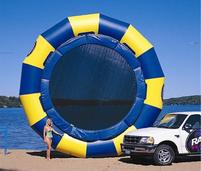WATER-TRAMPOLINES-HOLLEYWEB